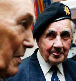 Váleční veteráni - Josef Švarc (vpravo) aRobert Deldicque, foto: ČTK