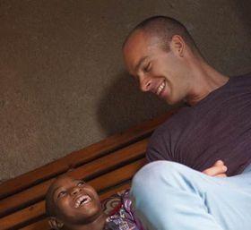 Петр Кочнар в Руанде, Фото: архив организации Talking Through Art