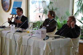 Le déjeuner-débat avec Daniel Cohn-Bendit (à droite), photo: Anne-Claire Veluire