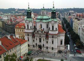 Nikolauskirche am Altstädter Ring in Prag dient der Hussitenkirchengemeinde