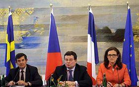 Jean-Pierre Jouyet, Alexandr Vondra, Cecilia Malmström, photo; CTK