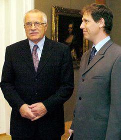 Václav Klaus con Stanislav Gross (dra.), foto: CTK