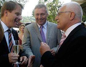 Zleva: Martin Bursík, Mirek Topolánek und Václav Klaus, foto: ČTK