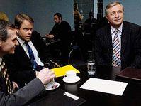Zprava: Mirek Topolánek, Martin Bursík a Jiří Čunek, foto: ČTK