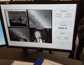 Lubomír Metnar si vyzkoušel na simulátoru schopnosti pilota vkrizové situaci, foto: Zdeňka Kuchyňová