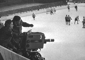 La primera transmisión de un encuentro de hockey, foto: CTK