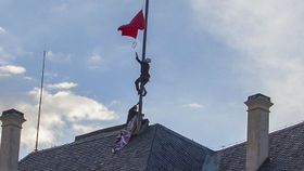 Ztohoven members replace the presidential flag with red underpants, photo: archive of Ztohoven