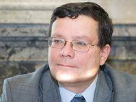Ministro de Defensa, Alexandr Vondra