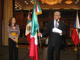 Embajador José Luis Bernal y señora