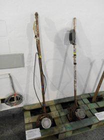 Cortacéspedes de hilo con un bastidor de hockey, foto: Dominika Bernáthová
