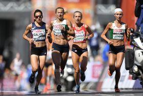 Eva Vrabcová-Nývltová (la tercera de izquierda), foto: ČTK / AP Photo/Martin Meissner