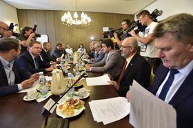 El Comité de Organización ha recomendado suprimir la inmunidad parlamentaria a Babiš y Faltýnek. Foto: ČTK.