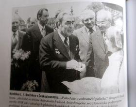 Gustáv Husák et Léonid Brejnev, photo: Repro 'Gustáv Husák' / Vyšehrad