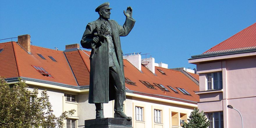 Marshal Ivan Kon v statue in Prague 6, photo: ?j?, CC BY-SA 3.0