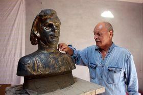 Busto de Václav Havel y Ladislav Janečka (autor), foto: Milan Bouda