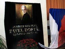 Último adiós al ministro de Cultura, Pavel Dostál (Foto: CTK)