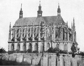 La Catedral de Santa Bárbara de Kutná Hora en imágen de Andreas Groll (1939-40), foto: free domain