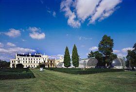 Le château de Lednice, photo: CzechTourism