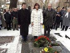 Марта Семелова на пражском Ольшанском кладбище (Фото: ЧТК)