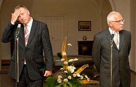 Mirek Topolánek (vlevo) sprezidentem Václavem Klausem, foto: ČTK