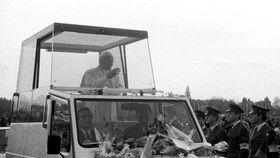 Jean-Paul II pendant la première visite en Tchécoslovaquie, photo: Jakub Hněvkovský, ČRo