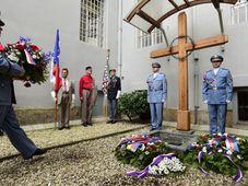 Rinden homenaje a Milada Horáková, foto: ČTK