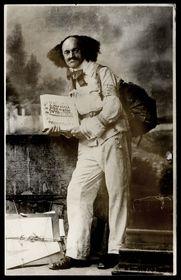 Robert Guttmann before a long hike abroad, photograph, 1925, photo: © Jewish Museum in Prague