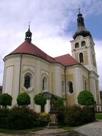 Jungfrau-Maria-Geburt-Kirche in Horice (Foto: Jirka23, CC BY-SA 3.0 Unported)