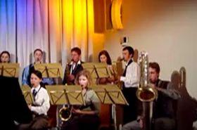 Band Příliš mnoho saxofonů (Foto: YouTube Kanal der Band)