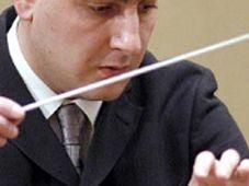 Дирижер Эдуард Топчан