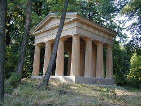 Dorischer Pavillon im Schlosspark (Foto: Schlossarchiv)