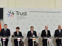 Участники саммита V4, Болгарии и Македонии, Фото: ЧТК