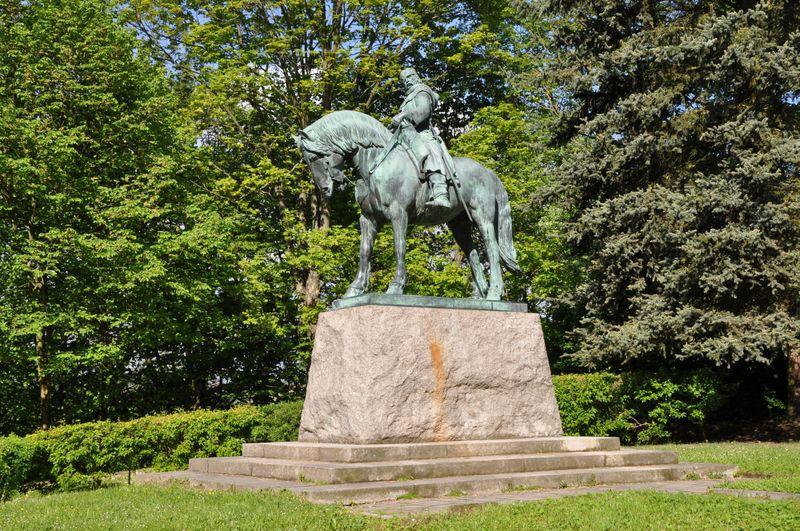 Socha Jana Žižky vPřibyslavi, foto: Ben Skála, Benfoto, Wikimedia Commons, CC BY-SA 3.0