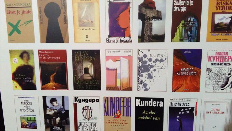 Книги Милана Кундеры на разных языках, фото: Václav Richter