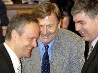 De izquierda: Cyril Svoboda, Miroslav Grebenicek y Jaroslav Palas (Foto: CTK)