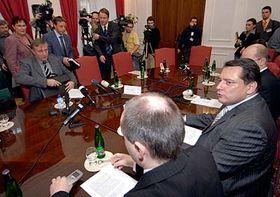 Setkání ČSSD sODS, KDU-ČSL aStranou zelených, foto: ČTK