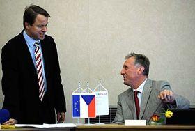 Martin Bursík y Mirek Topolánek, foto: CTK
