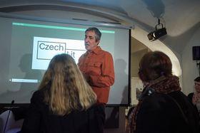 Alex Zucker vdebatním pořadu Náš člověk vNew Yorku, který připravila Knihovna Václava Havla, foto: archiv Knihovny Václava Havla
