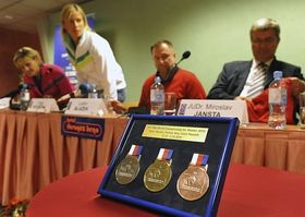 The 2010 Championship medals, photo: CTK