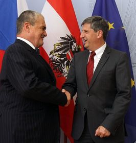 Karel Schwarzenberg und Michael Spindelegger (Foto: ČTK)