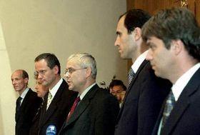 Tres semanas estuvieron negociando el gobernante Partido Socialdemócrata, el democristiano Partido Popular y la Unión de la Libertad sobre la formación del nuevo gobierno checo. Foto: CTK