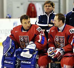 Pavel Bárta (at the back) with Milan Hnilička (left) and Jan Hlaváč, photo: CTK