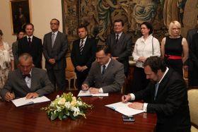 Entstehung der Regierungskoalition (Foto: Archiv des Regierungsamtes der Tschechischen Republik)