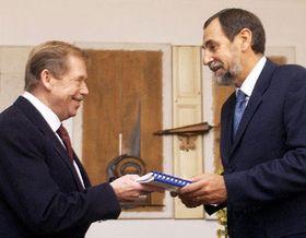 Vaclav Havel and Ramiro Cibrian, photo: CTK