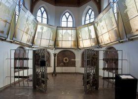 Kaple, vníž se nachází Komenského hrob, foto: Kris Roderburg, Rijksdienst voor het Cultureel Erfgoed, Wikimedia Commons, CC BY-SA 4.0)