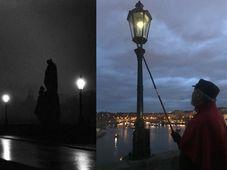 Jan Žákovec, foto: Juan Pablo Bertazza, los luces del Puente de Carlos, foto: archivo del Magistrado de Praga