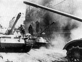 Invasion 1968 (Foto: Archiv des Instituts für Zeitgeschichte in Prag)