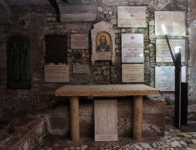 Cyrilův hrob vŘímě, foto: Ondřej Žváček, Wikimedia CC BY-SA 3.0