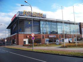 Multiplex-Kino der Kreisstadt Hradec Králové (Foto: ŠJů, Wikimedia Commons, CC BY-SA 3.0)