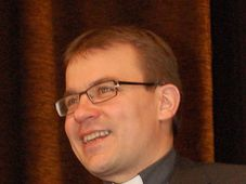 Mons Tomáš Holub